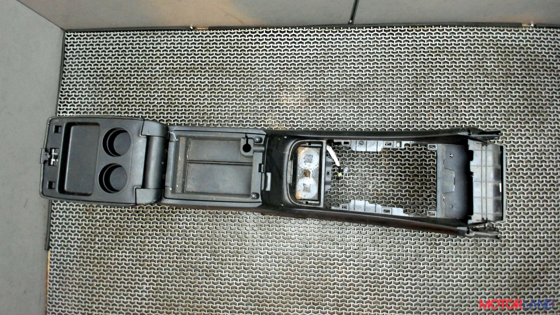 Консоль салона (кулисная часть) Acura MDX 2001-2006, Артикул 1212073 #1