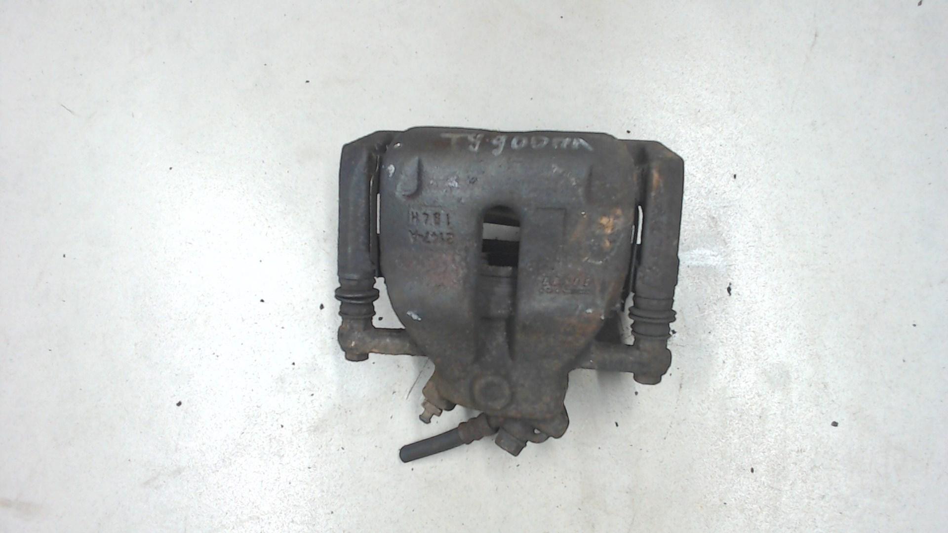 Суппорт тормозной передний левый Suzuki SX4 1 5512079J10