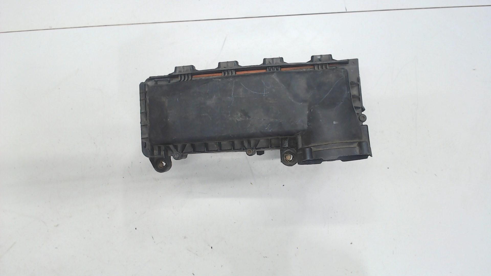 Корпус воздушного фильтра Suzuki SX4 1 1370069K01