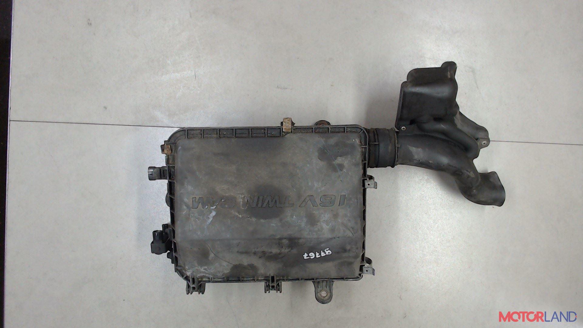 Корпус воздушного фильтра Daihatsu Materia, Артикул 5175730 #1