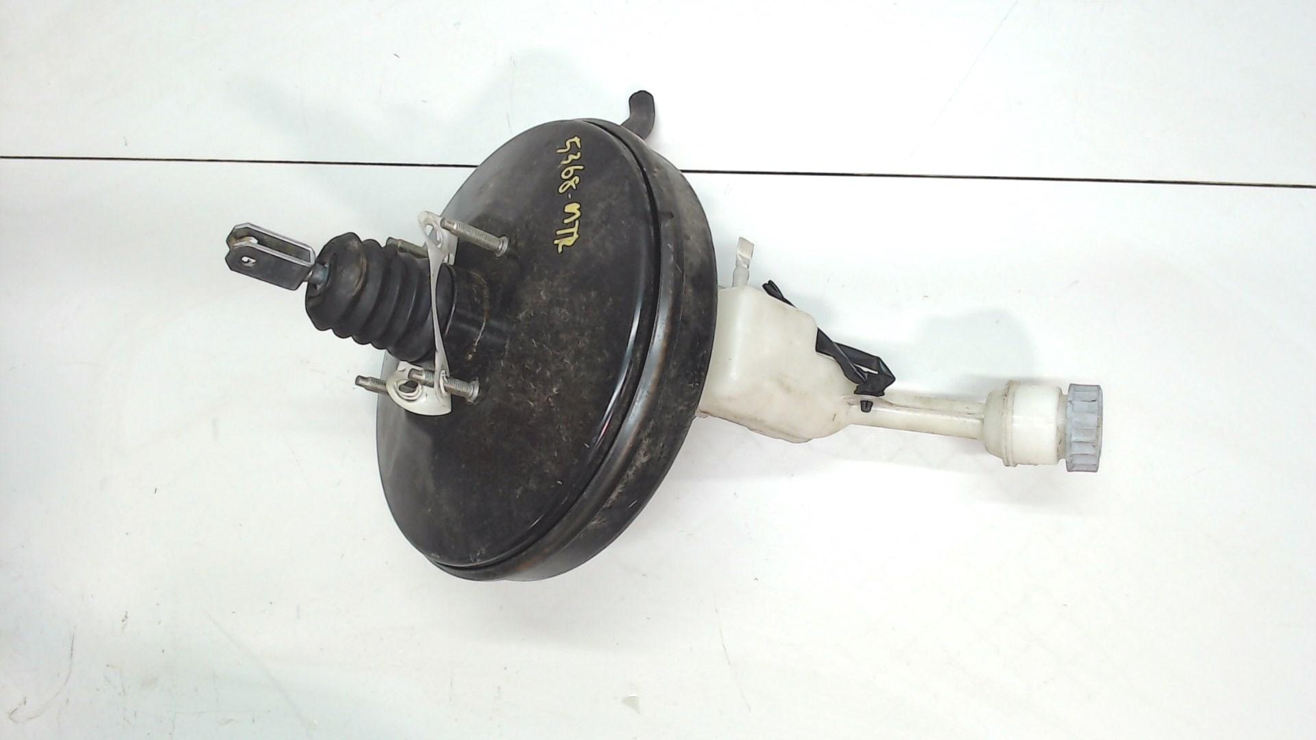 Цилиндр тормозной главный Suzuki Vitara2