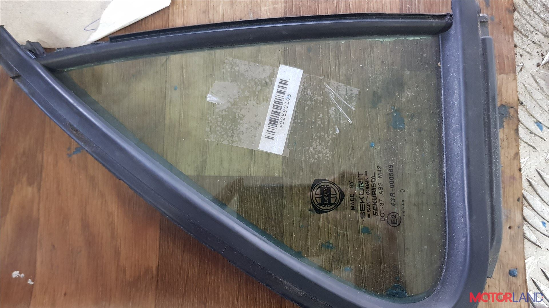 Стекло форточки двери Lancia Lybra, Артикул 2590109 #1