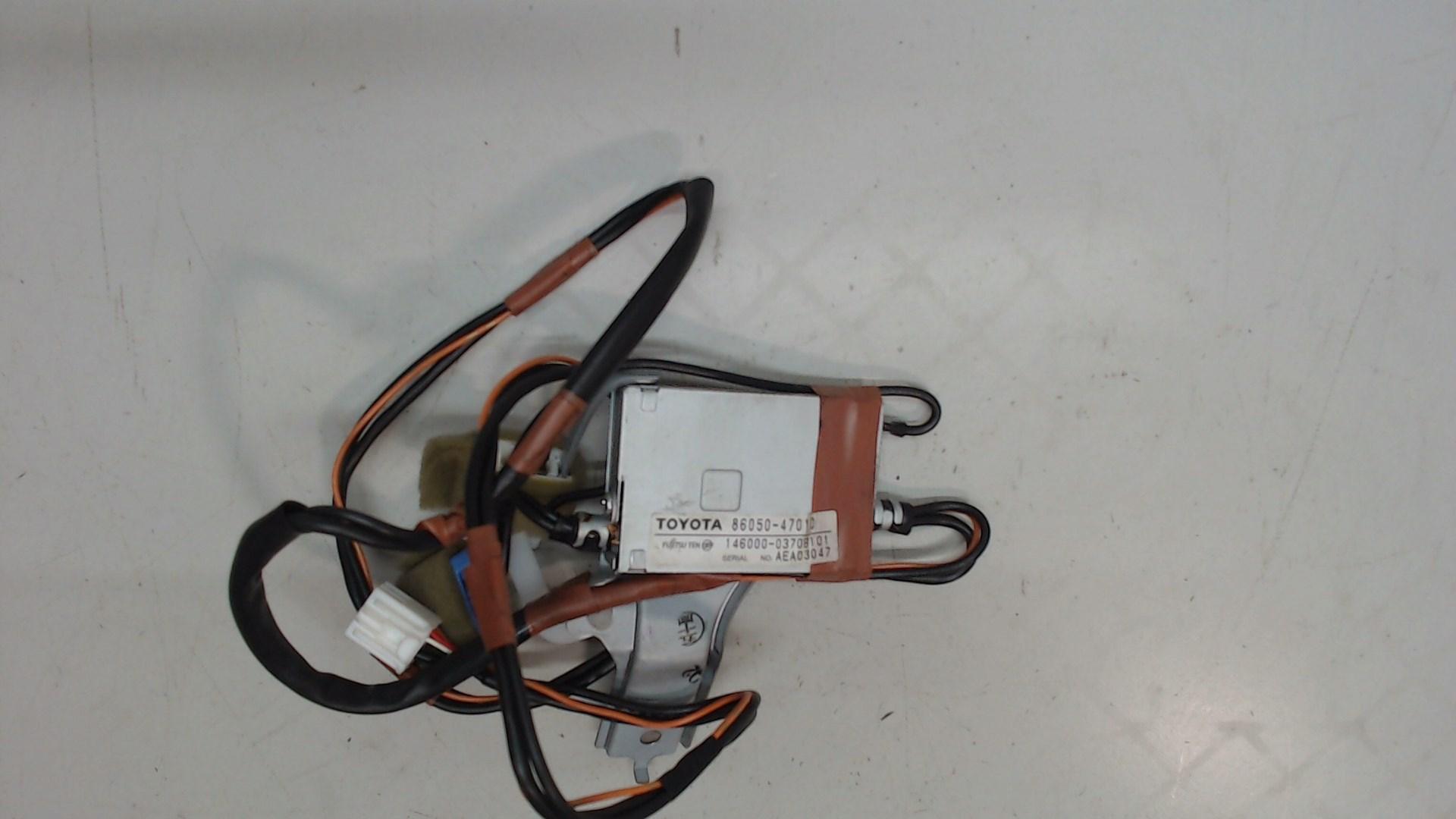 Антенна  Toyota  86050-47010