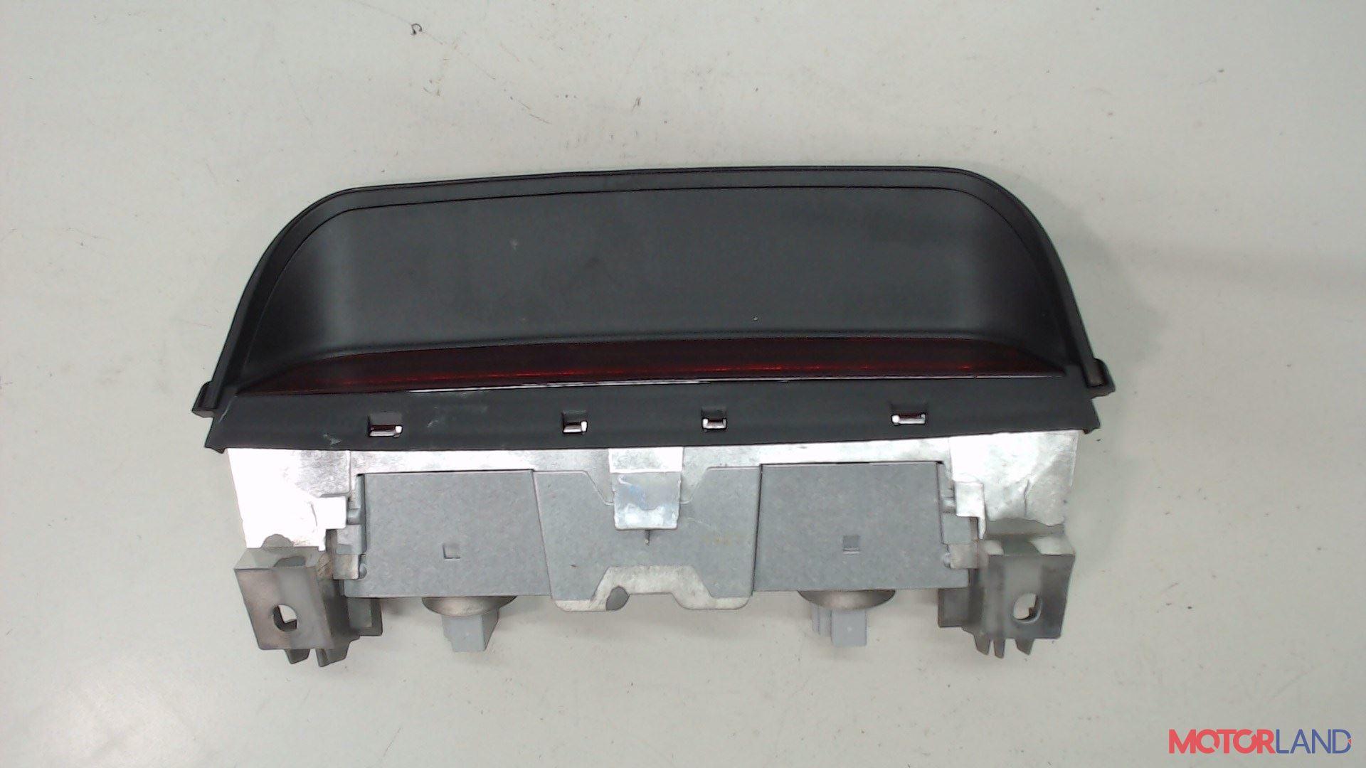 Фонарь дополнительный (стоп-сигнал) Acura MDX 2001-2006, Артикул 5443162 #1