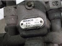 9347141320 Кран 4-х контурный Scania 4-Serie 1994-2008 5575987 #2