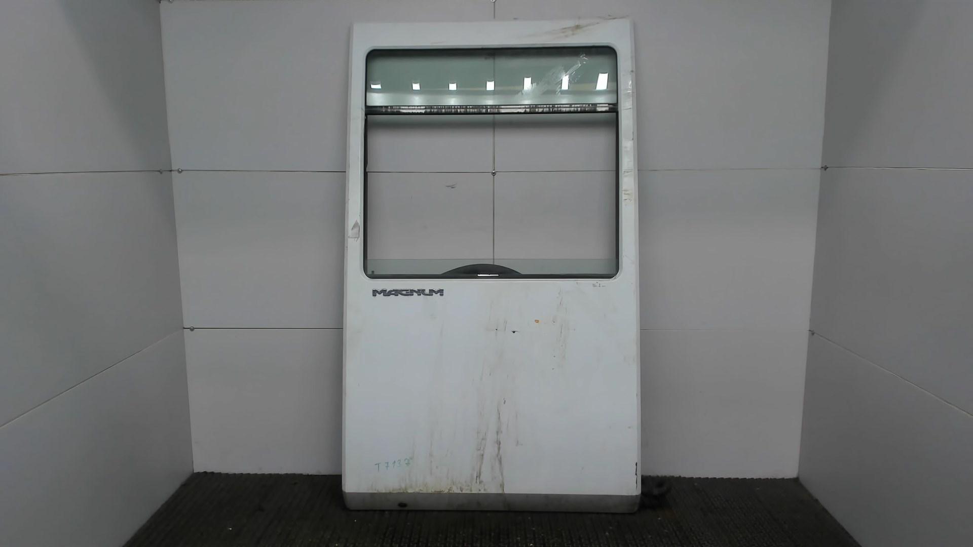 Дверь боковая передн прав Renault Magnum 1990-2006