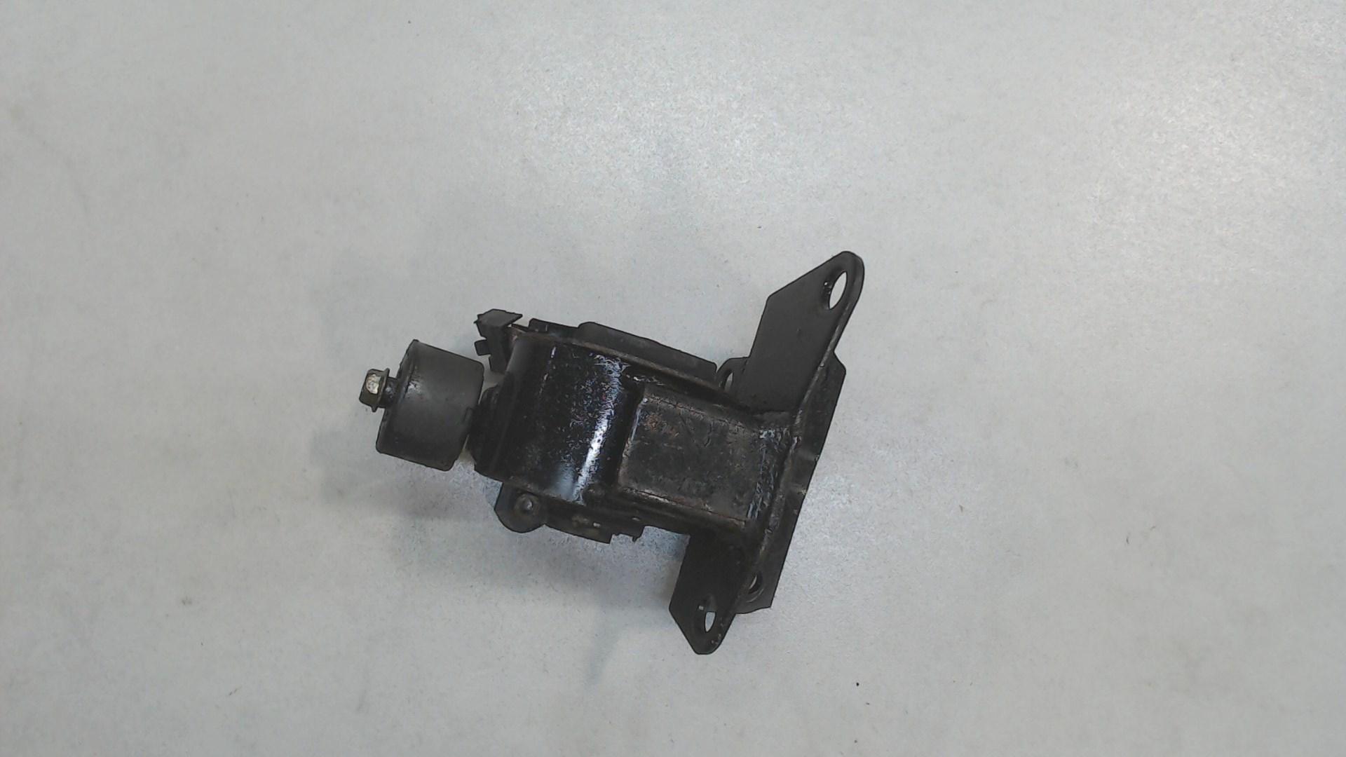 Подушка крепления кпп Toyota  1237221070