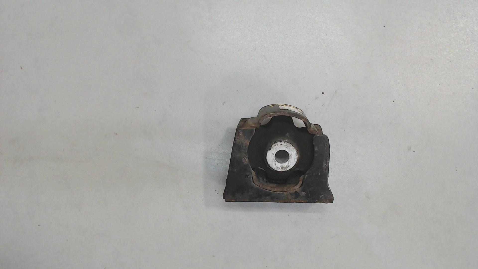 Подушка крепления кпп Toyota  1236128230