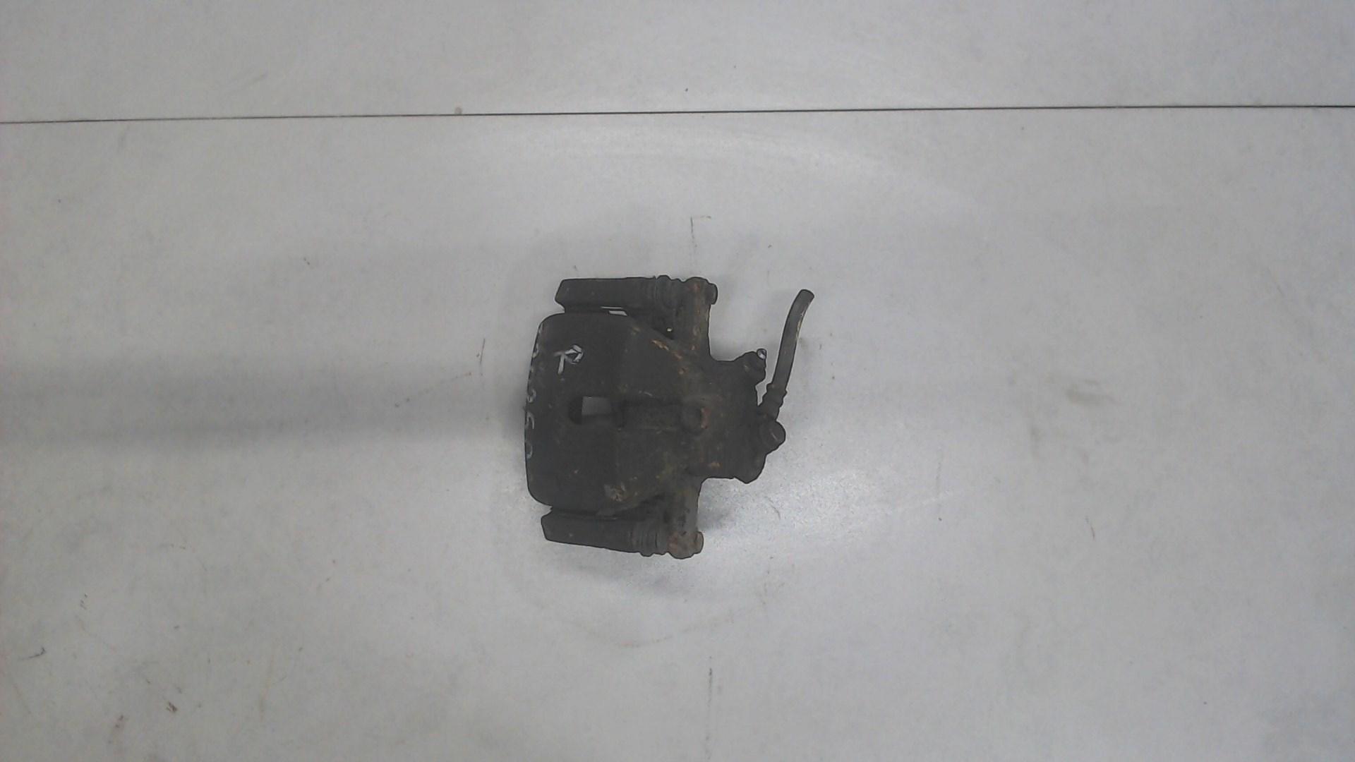 Суппорт тормозной передний правый Suzuki SX4 1 5511079J10 / 5586079J00