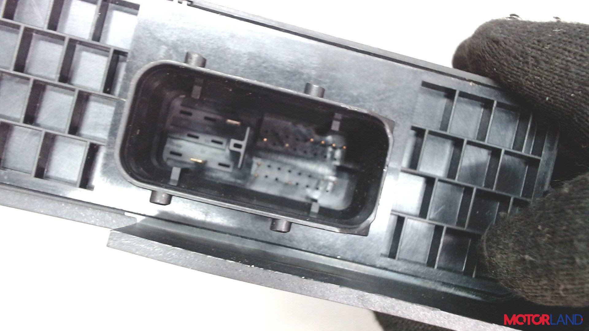 Блок управления (ЭБУ) Audi A6 (C6) 2005-2011 2 л. 2009 CAGB б/у #3