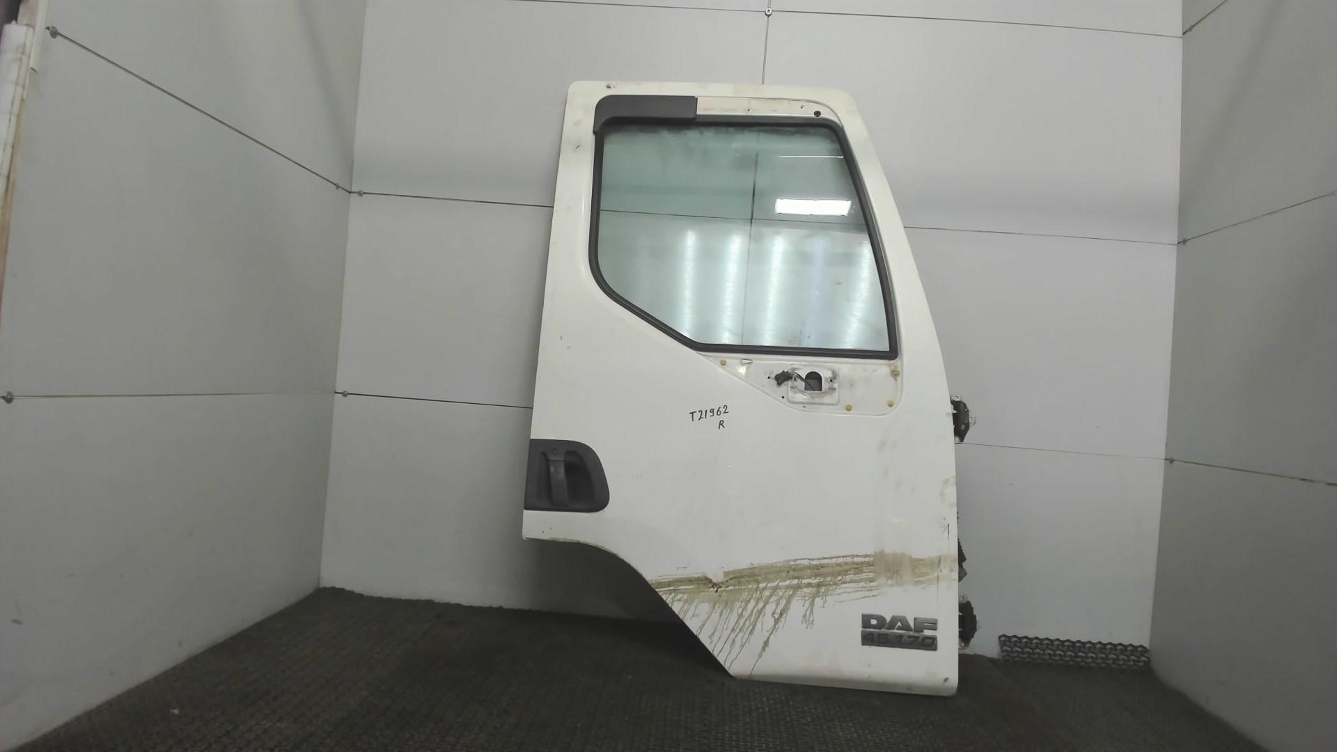 Дверь боковая передн прав DAF LF 45 2001-