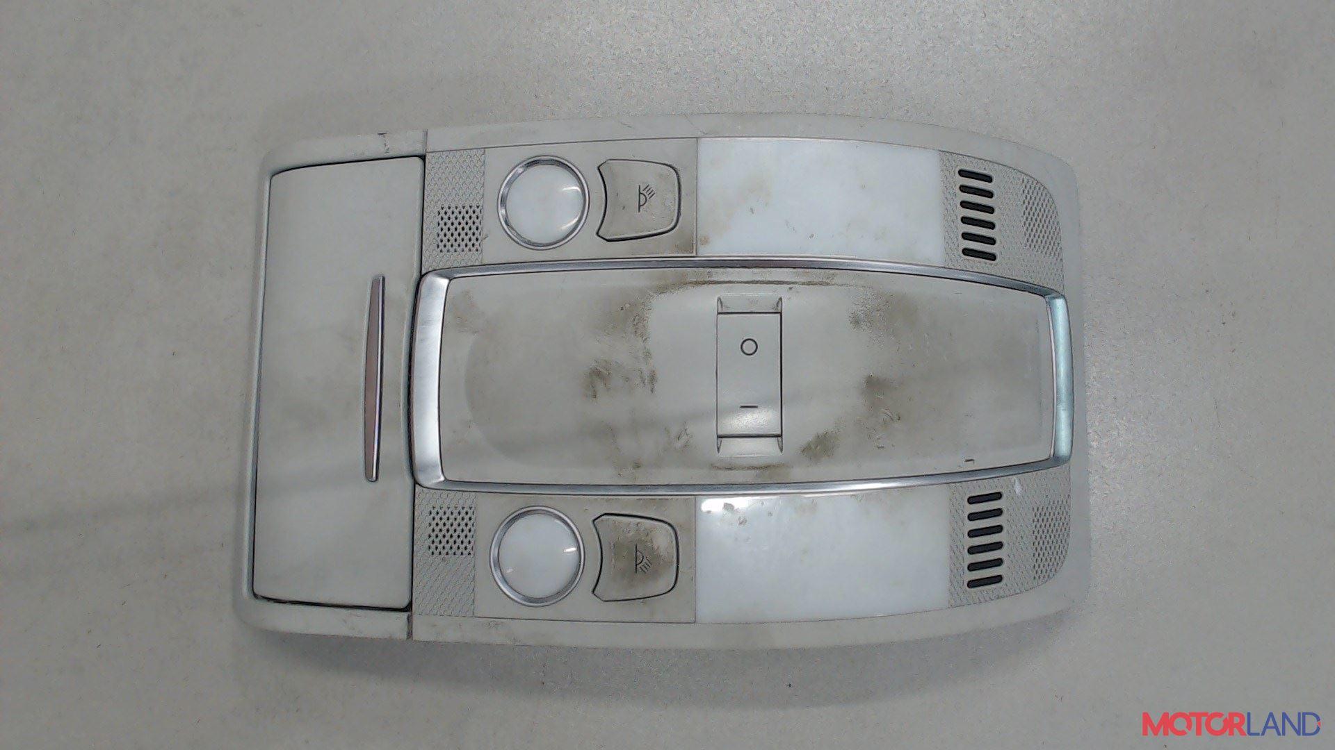 Фонарь салона (плафон) Audi A6 (C6) 2005-2011 2 л. 2008 BRE б/у #1