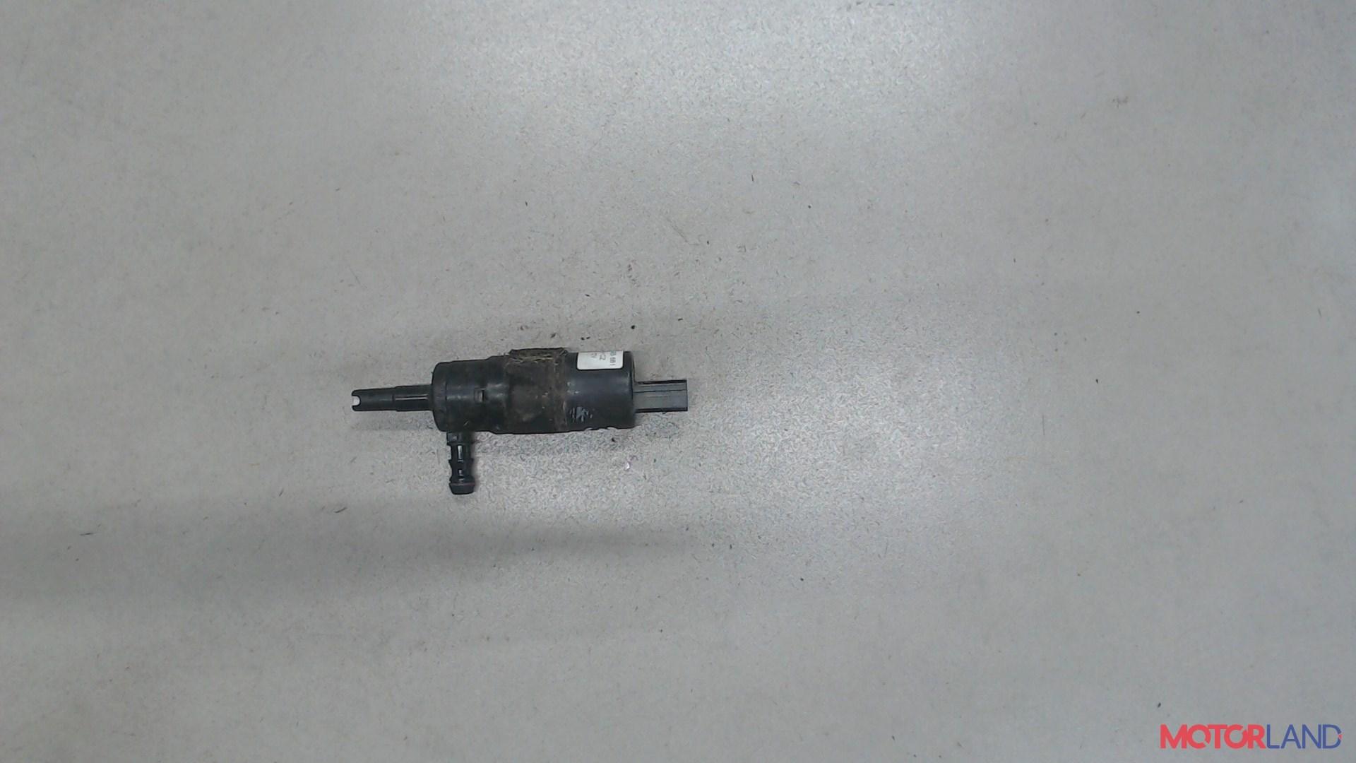 Двигатель (насос) омывателя Audi A6 (C6) 2005-2011 2.4 л. 2005 BDW б/у #1