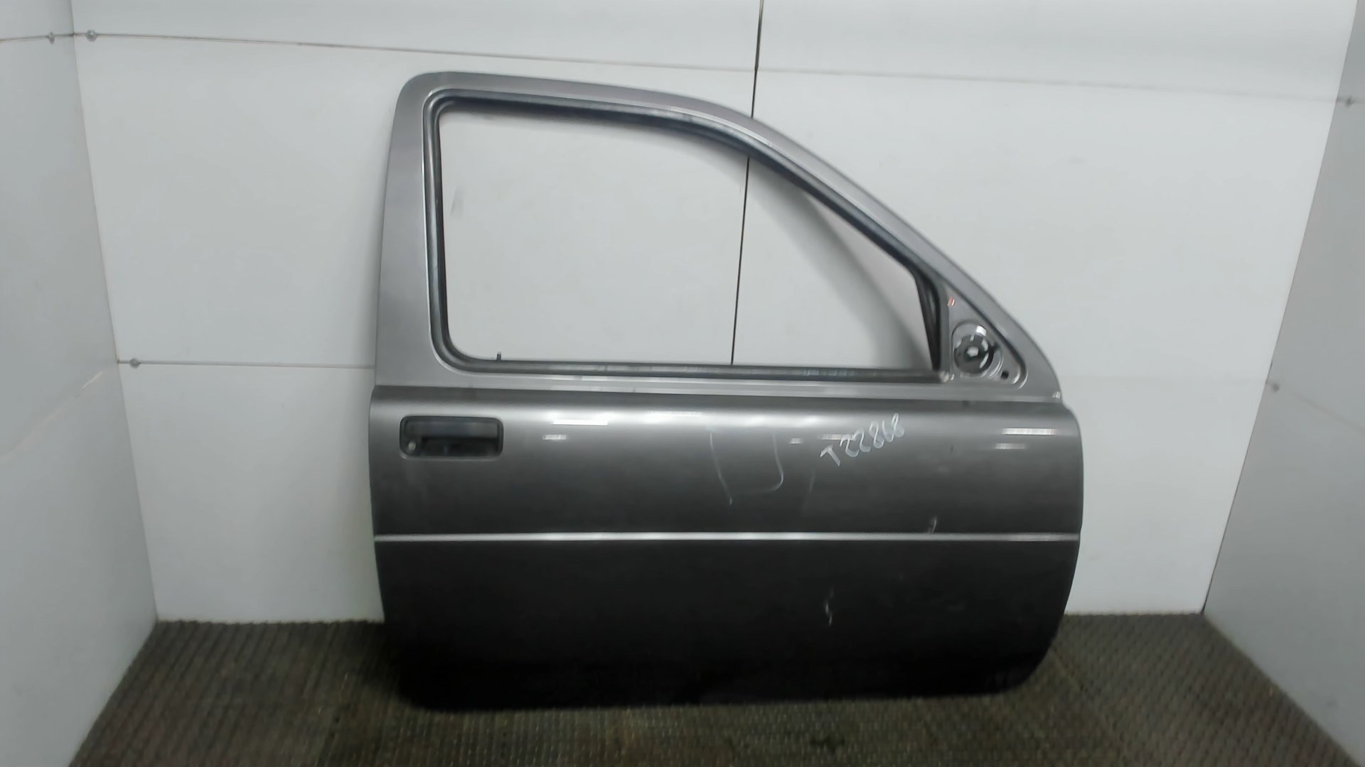 Дверь боковая передн прав Land Rover Freelander 1 1998-2007