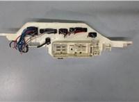 8273160030 Блок реле Lexus LX 1998-2007 6712035 #2