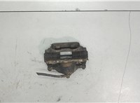 б/н Суппорт Toyota Auris E15 2006-2012 6872179 #2